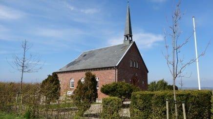 Kirke og gratis færge- Skarø